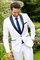 Ucuz Custom Made Beyaz Damat Smokin Mavi Yaka En Groomsmen Suit Mens Düğün Slim Fit Damat İş Takım Elbise (Ceket + Pantolon + Kravat)