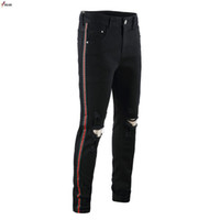 Yeni Diz Delik Ince Sıkıntılı Kot Erkekler Yırtık Yırtık Sokak Giyim Hiphop Pantolon Erkekler Için Ince Şerit Kalem Pantolon