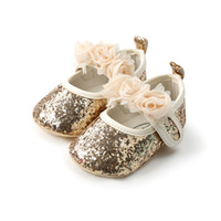 f16bf7f3553e1 Golden Bling Bling Sequin Baby Shoes Girls Princess Shoes First Walkers  Soft Soled Non-slip Infant Girl Flower 0-18M.