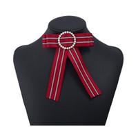 المرأة الأنيقة الشريط bowknot ربطة بروش دبوس حجر الراين البدلة التلبيب دبوس مجوهرات اكسسوارات للهدايا حزب شحن مجاني