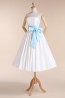 Trägerlose Brautkleider Formale Braut Party Kleider Tee Länge Brautkleider Großhandel Hochzeitskleid Schärpe in benutzerdefinierte Farben Rll054