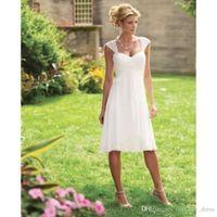 저렴한 짧은 비치 웨딩 드레스 여름 스타일 간단한 주름 캡 슬리브 - 라인 무릎 길이 쉬폰 신부 드레스 맞춤 제작 뜨거운 판매 W003