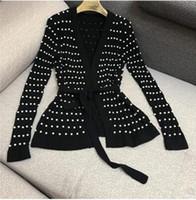 Yeni tasarım kadın sonbahar avrupa moda v yaka uzun kollu lüks el yapımı boncuk sashes İnce bel örme kazak ceket hırka