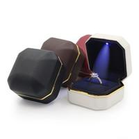 발렌타인 데이 PU 쥬얼리 상자 패션 LED 약혼 반지 상자 결혼 선물 반지 보석 포장 상자