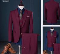 2018 Bräutigam-Smoking für Hochzeits-Abnutzung drei Stück erreichte Revers einen Knopf-Geschäft Prom-Mann-Klage-Jacke + Pant + Vest