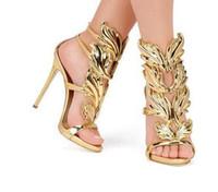 2018Hot продажа золотые металлические крылья лист ремешками платье сандалии серебро золото красный Гладиатор туфли на высоком каблуке женщины металлические крылатые сандалии