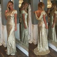 2019 Sparkly Gold Sequined Dresses Evening Wear Juvel Neck Capped Sleeves Cowl Back Mermaid Prom Klänningar Anpassad