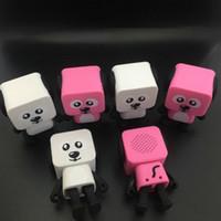 Heißer verkaufender intelligenter TanzenhundminiBluetooth Lautsprecher multi bewegliche Bluetooth Lautsprecher 4 färbt neuen Lautsprecher kreatives Geschenk