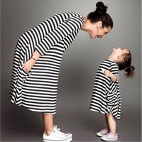Fashion Mom and Kids Couple Look Stripe Family Matching Outf...