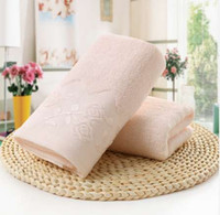 Precioso y atractivo de color sólido 35 * 75 bordado de algodón suave cara toalla de flores de algodón toallas de playa de secado rápido
