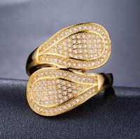 Anillo de los amantes frescos para las mujeres joyería de lujo brillante 18K oro amarillo lleno pave micro zafiro blanco CZ diamante banda de la boda anillo de la hoja de regalo