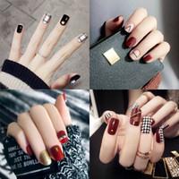 24 Teile / satz Glitzernde Falsche Nägel Glänzende Sexy Nette Gefälschte Nägel Kurze Lange Volle Nagelspitzen Nagel Makeup 36 Stile