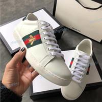 1c36e9d5bda 2018 Designer chaussures ACE De Luxe brodé blanc tigre abeille snake  chaussures En Cuir Véritable Designer