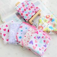 12 unids / lote diseño de dibujos animados de bebés niñas calzoncillos de los niños 12 unids ropa interior de algodón desgaste bragas de flores para niña FW63978E