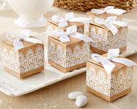 (50 개 / 롯트) 가장 저렴한 소박한 레이스 부탁 웨딩 및 파티 선물 상자 및 선물용 가방 Kraft 호의 상자