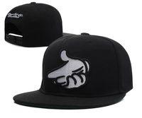 新しいデザインの詐欺師の城スナップバックキャップストリートヒップホップフラットブリムスポーツチームキャップ調節可能な野球帽子ミックスキャップ帽子高品質