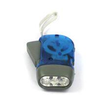 Mão Pressionando 3 LED Crank Power Dynamo Wind Up Lanterna Tocha Night Light Camping Luz Ao Ar Livre Ferramenta de Esportes Ao Ar Livre Engrenagem
