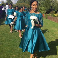 Weinlese-Tee-Längen-Brautjunfer-Kleider 2018 Land-Art-Spitze-halbes Hülsen-Satin-Kurzschluss-Hochzeits-Gast-Partei-Kleider Mode-afrikanische Abschlussball-Kleider