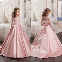 Calidad superior de 2018 niños vestidos de novia Scoope cuello una línea de tren Corte Sheer mangas largas alineadas rosadas polvorientas Flowergirl con Banda Volver