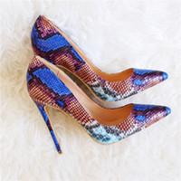 الشحن مجانا أزياء المرأة مضخات الأزرق الأفعى الثعبان مطبوعة أشار تو عالية الكعب الصنادل الأحذية الأحذية العروس الزفاف مضخات 120 ملليمتر 100 ملليمتر 80 ملليمتر