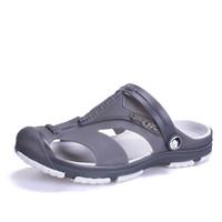 Tallas grandes 45 Hombres Sandalias Zapatos de jalea Jardín Verano Fashiion Playa Zapatos ocasionales respirables Hombres Pisos Resbalón en zapatillas