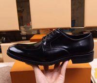 8050Men Kleid Schuhe Oxfords Custom handgefertigte Schuhe aus echtem Kalbsleder Runde Zehe Semi Brogue Schuhe Farbe Burgudny HD