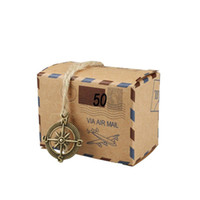 50 sets Cajas de regalo de caramelo Cajas de bricolaje Kraft estilo Retro Post Mail Wedding Party Favor Caja de regalo Galleta de Navidad Regalo Goody Bolsas de papel
