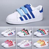 best website e4380 bd495 Los niños de marca Superstar calzan zapatillas de deporte de las  superestrellas originales de los niños