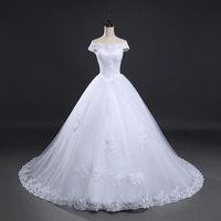 Eine Linie Weiß Elfenbeinkappe Schulterboden Lehgth Langer Zug Lace Up Back Spitze Applique Hochzeitskleid Braut Hochzeit Gelegenheit Plus Größe Custom