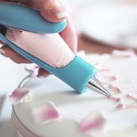 أدوات تزيين كريم الطارد متعددة الأغراض لقوالب فوهة الطارد تستخدم كقفل مربى ، صانع ملفات تعريف الارتباط ، وأدوات تزيين كعكة الخبز