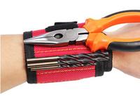Bracelet à outils magnétique réglable avec des aimants puissants pour vis de fixation Clous Boulons Vis Clous Écrous Boulons Porte-foret à main libre
