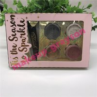 Brillo suelto y Brillo Primer Set 4colors Glitter powder + Glue primer Maquillaje set Tis The Season to Sparkle Set foto real de envío gratis
