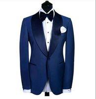 Personalice un botón Azul Novios Esmoquin Padrinos de boda Blazer Hombres excelentes Traje de actividad empresarial Traje de fiesta de graduación (chaqueta + pantalón + lazo de lazo) NO: 225