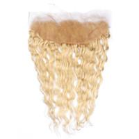 613 Blonde Eau Vague Dentelle Frontale Brésilienne Vierge Humaine Cheveux Humides et Ondulés Blonde 13x4 Oreille À Oreille Dentelle Frontale Bleach Nœuds
