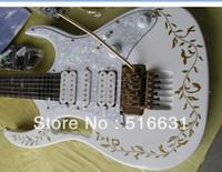 Ücretsiz kargo En kaliteli yeni stil IBZ JEM 7 V Elektro Gitar floyd rose ile beyaz renk hatıra Altın dantel