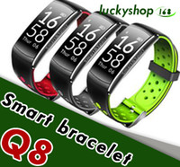 Q8 Fitness Tracker Intelligente Orologio Blood Pressure Heart Rate Sleep Camera remoto Ossigeno Monitor Smart Wristband Braccialetto per Andriod e ios 1pc
