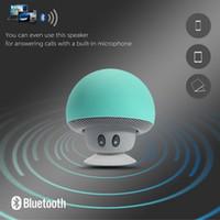 reizender Minipilz Autolautsprecher Subwoofer Bluetooth drahtloser Lautsprecher Silikon-Sauger-Telefonstand Mit Kleinverpackung durch dhl