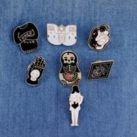 Bijoux Vintage Evil Dur Épingle Épingles Punk revers Pin Skeleton Skull Palm Totem Totem Introvert Loner Broche Bouton Bouton Badges Badges