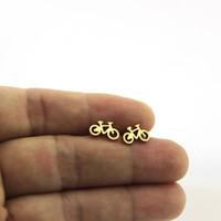 Nuovo arrivo piccola bicicletta orecchini orecchino in acciaio inox sportivo dorato bici borchie donne bambini ragazze gioielli regalo di natale T147