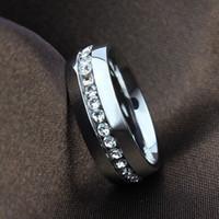 Unisex Lover Moda Yüzük CZ Kristal Paslanmaz Çelik Shinning Kristal Matkap ile Düğün Nişan Band Yüzük Boyutu Boyutu 5-11
