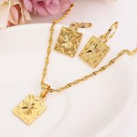 dubai africano dubai india moda escudo colgante collar conjunto regalo del partido de las mujeres 24 k amarillo sólido oro lleno plaza pendientes sistemas de la joyería