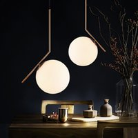 Lustre nordique Art minimaliste LED Lustre Hang Ball de verre Salon Chambre minimaliste Restaurant Bar Éclairage domestique