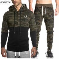 ed5a85a82eb9 GYMOHYEAH Mode Männer Set Langarm Camouflage Hoodies + Pants Set Männlichen  Trainingsanzug Anzug Männer Fitness-