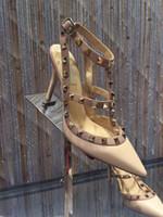 Las mujeres sandalias de tacón bombas de diseño de lujo del partido del vestido atractivo del cuero de patente de los pies en punta zapatos de los altos talones finos atado T-verano más grande