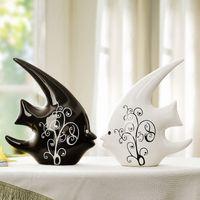 Jingdezhen Keramik Paar küssen Fisch Figuren Fisch Kuss Weiß und Schwarz Ornamente moderne minimalistische Hochzeit Hochzeitsgeschenk Dekoration