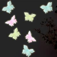 Double-Layer-Lichtsimulation 3D-Stereo-fluoreszierender Schmetterling Wandaufkleber 10pcs TV Tapete Malerei dekorative PVC sticke