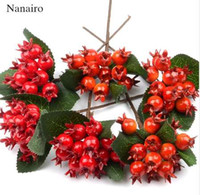 6pcs / lot artificial de plástico granada Estambres Flores bayas rojas fruta de la cereza de la espuma de la falsificación de Navidad de la boda decoración del árbol