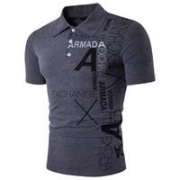 남성 폴로 셔츠 캐주얼 짧은 소매 남성 폴로 셔츠 편지 인쇄 슬림 맞춤 Camisa 폴로 여름 남성 최고 티 땀받이 뜨거운 판매