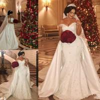 Abiti da sposa sirena più size sexy fuori dalla spalla in pizzo Appliques Abiti da sposa con treno rimovibile satinato personalizzato Amde Dubai Vestidos