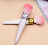 Hot sell les Merveilleuses LADUREE Cheek / Powder / Foundation Brush Cameo Porcelain Design - أدوات ماكياج فرش الجمال